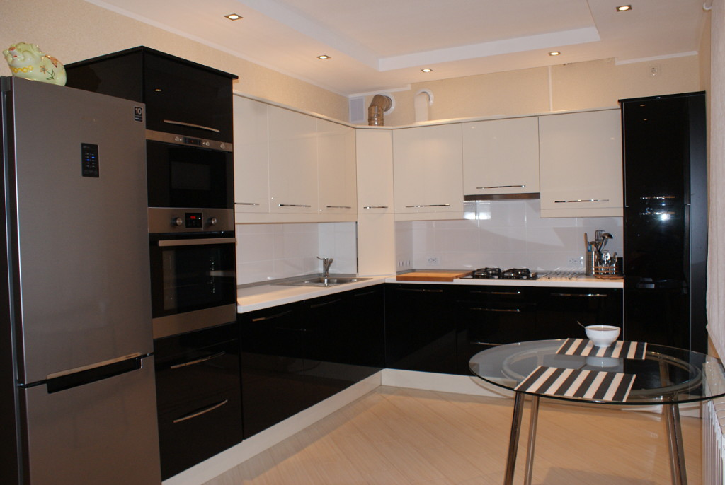 прекрасную реальные дизайны угловых глянцевых кухонь фото исключено, что некоторые