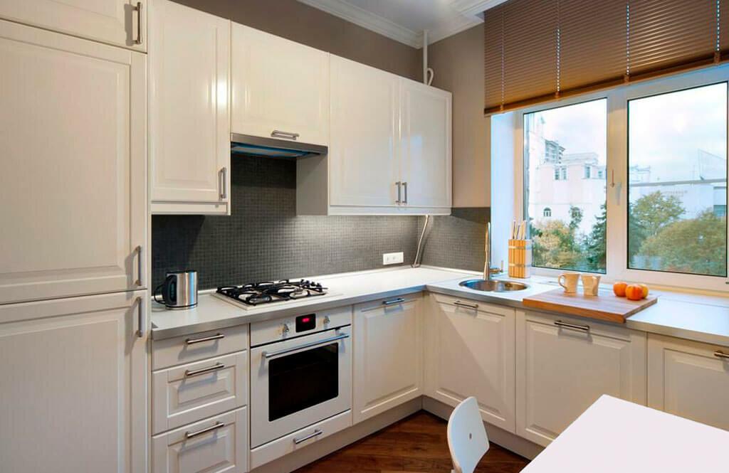 Кухни у окна фотогалерея