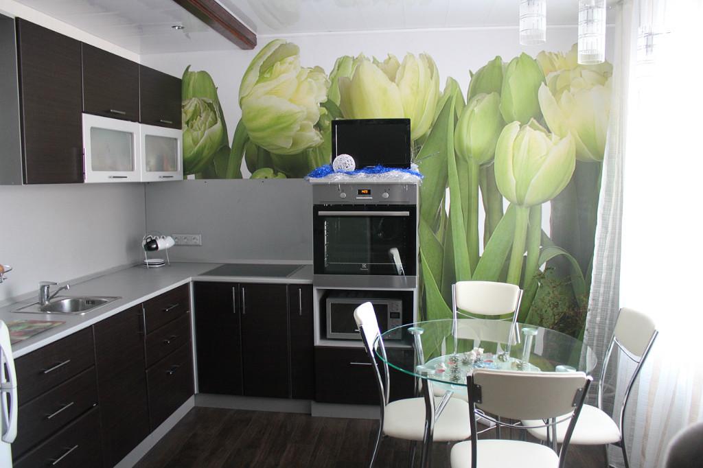 фотообои тюльпаны зеленые на кухне что водитель сам
