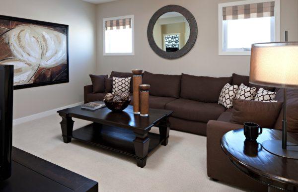 Коричневый угловой диван в интерьере гостиной – Коричневый диван в интерьере гостиной: роскошь и натуральность